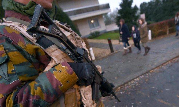 Hoe stel ik mijn kinderen gerust na de aanslagen?